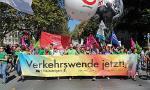 IAA-Proteste in München: Klimagerechte und solidarische Mobilität geht nur gegen die Autokonzerne