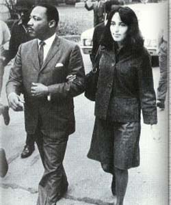 joan baez and Luther King cc dogoftheforest